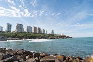 Plata - Vista De Mar Del Plata Desde Playa Chica.