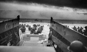 Guerra- Desembarco Aliado En Normandia