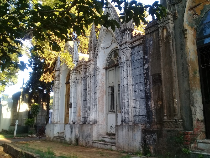 Cementerio - Panteones Neogotico