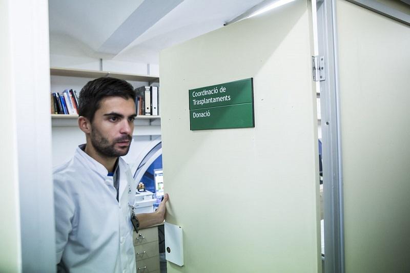 Donación - Doctor En Consultorio