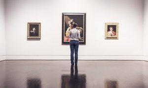 Museos - Exibicion En Museo