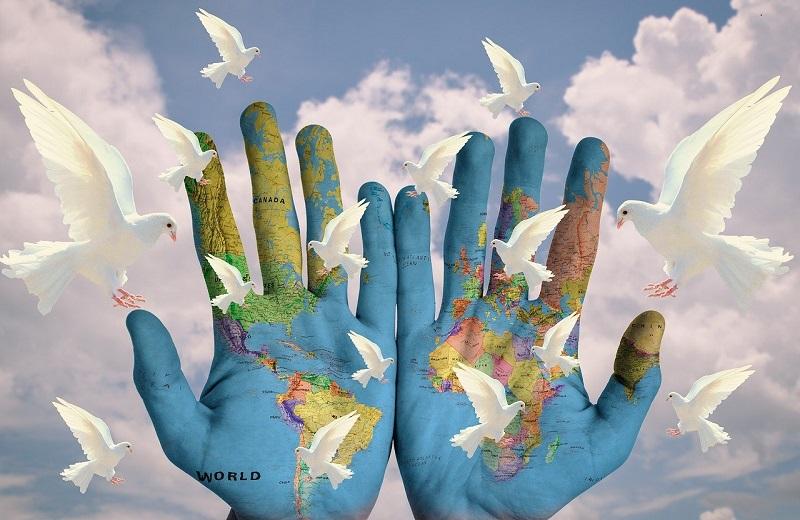 Paz - Palomas Blancas Y El Mundo