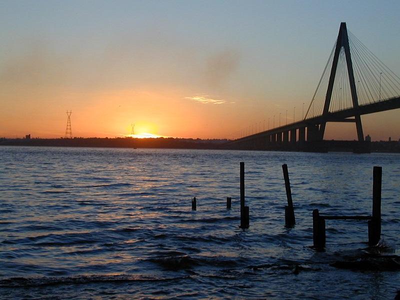 Río - Puente