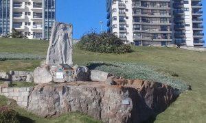 Alfonsina Storni - Estatua De Alfonsina Storni En Mar Del Plata
