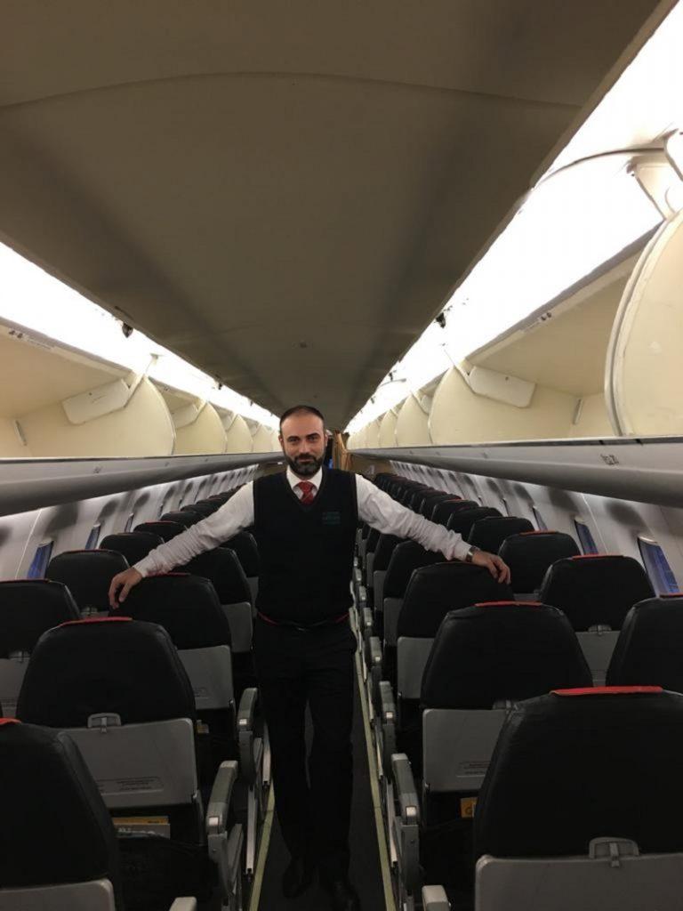 Tripulante - Giovanni En El Avion
