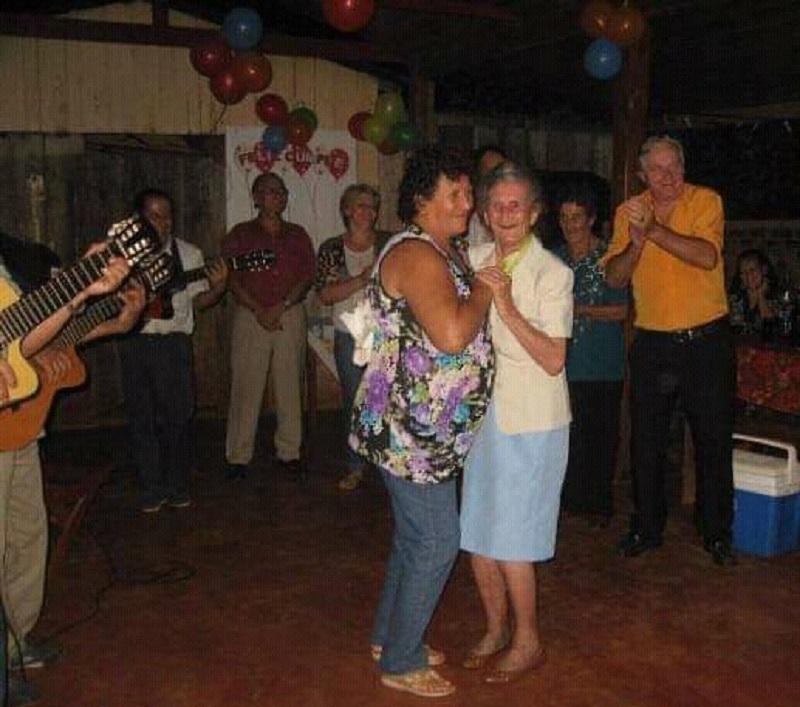 Clotilde - Bailes