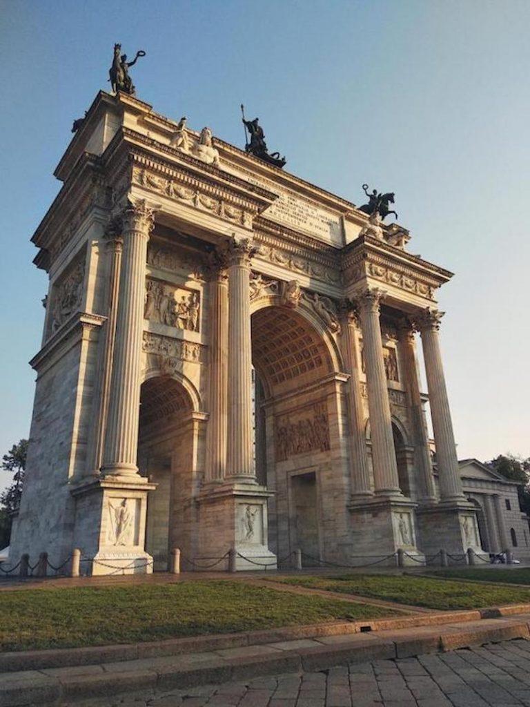 misionera - Atractivo En Milano