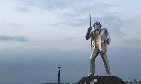 Andresito - estatua