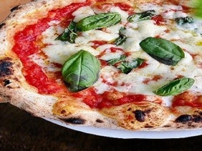 Pizza napolitana - Dicata Margherita