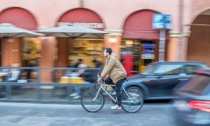bicicleta - Pedaleando