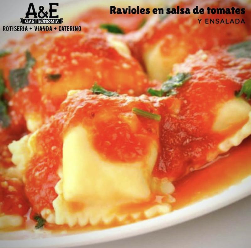 gastronomía italiana - Ravioles Con Salsa De Tomates