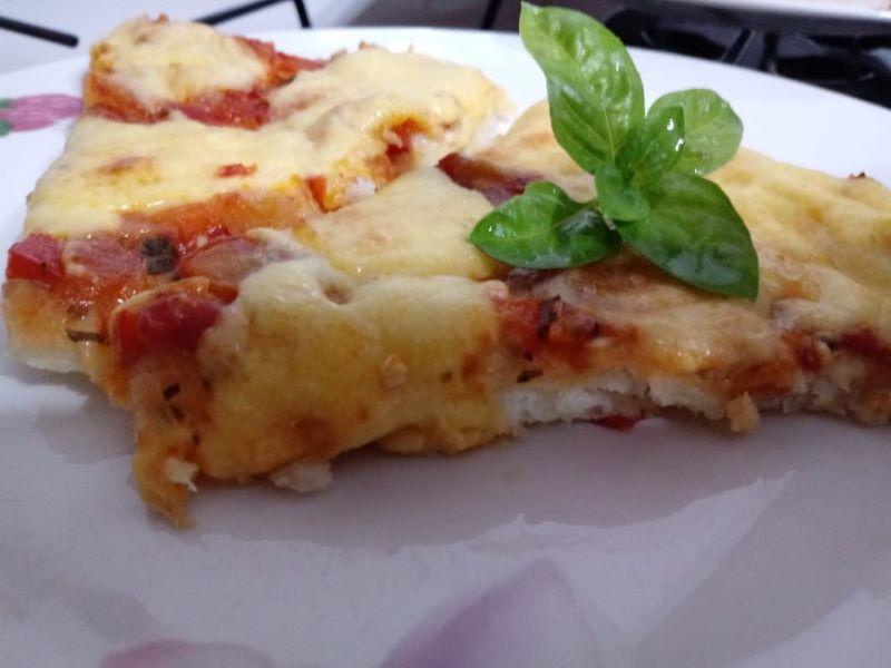 pizza de mandioca - Con Albahaca