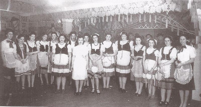 perspectiva - Mujeres De La Colectividad Italiana