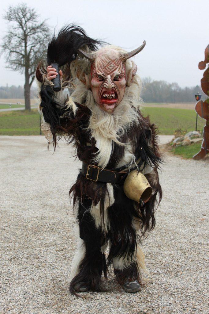 Sankt Nikolaus - costume