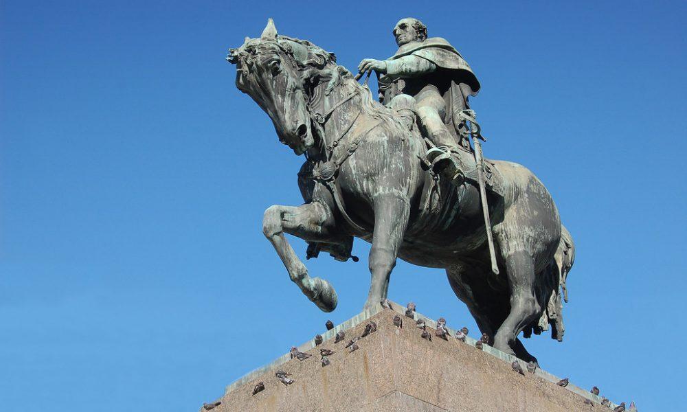 Artigas - Estatua del Prócer