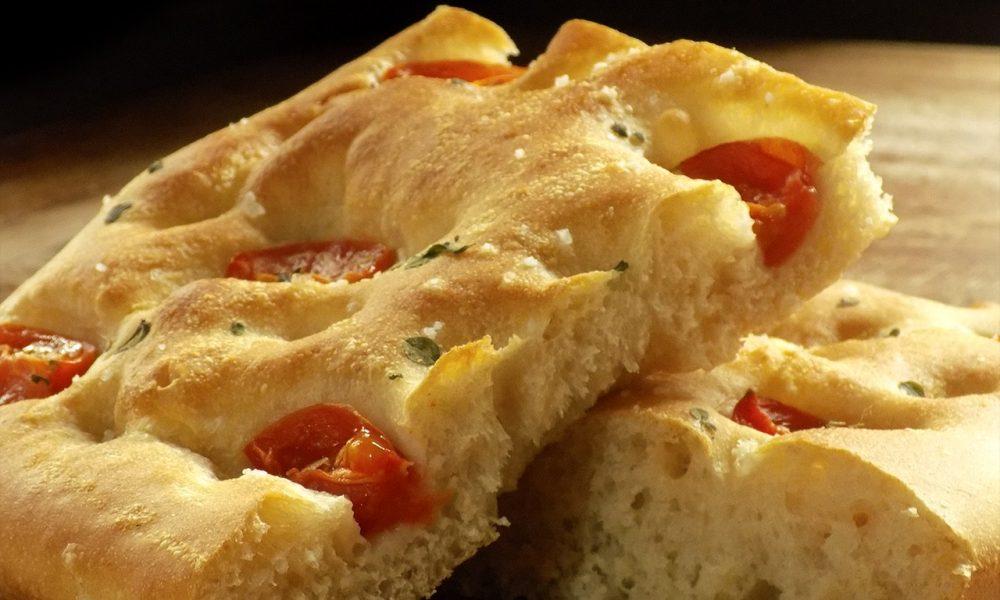 Focaccia - Variante Con Tomate