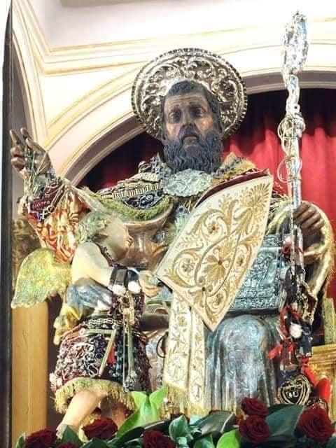 chiesa - statua di Sant Antonio Abate