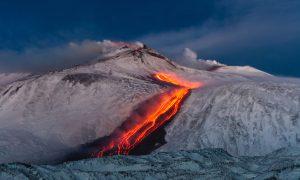 Il Vulcano, La Neve, Il Mare