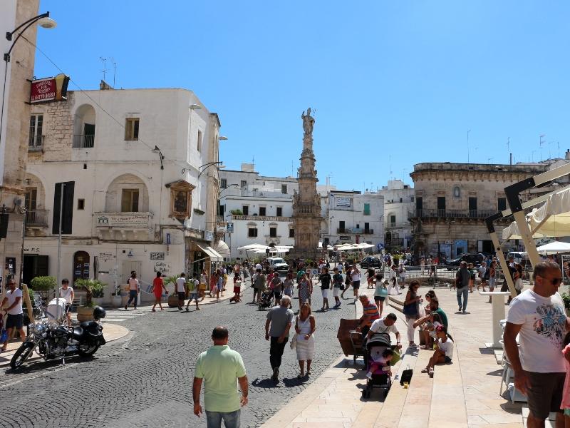 Centro storico: Piazza Della Libertà