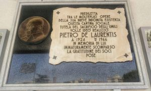 Targa Commemorativa De Laurentis