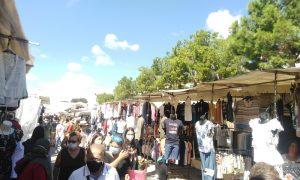 abbigliamento al mercato
