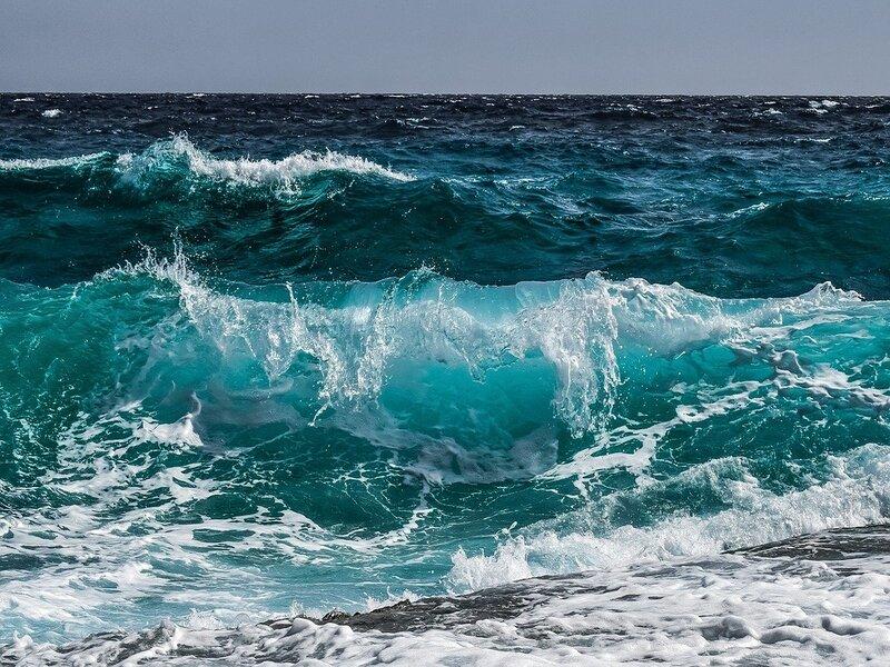 Il Mare Di Puglia Blu Profondo