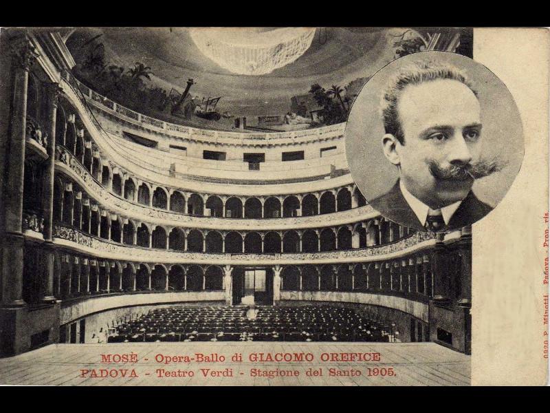 Una Rapresentazione In Teatro Nel Giugno 1905. Sul Soffitto Le Decorazioni Di Giacomo Casa