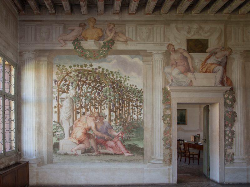 Affreschi Villa Roberti