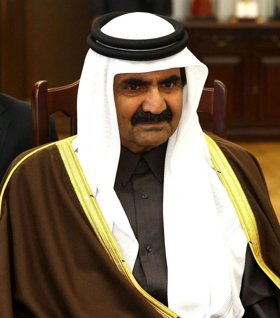 Storia del Qatar - primo piano di Hamad Bin Khalifa Al Thani Senate Of Poland Cropped