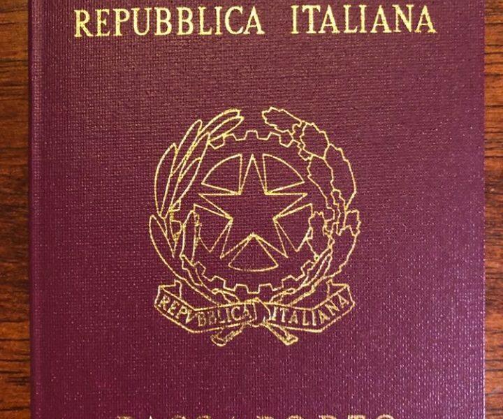 Passaporto Italiano che deve essere valido per sei mesi