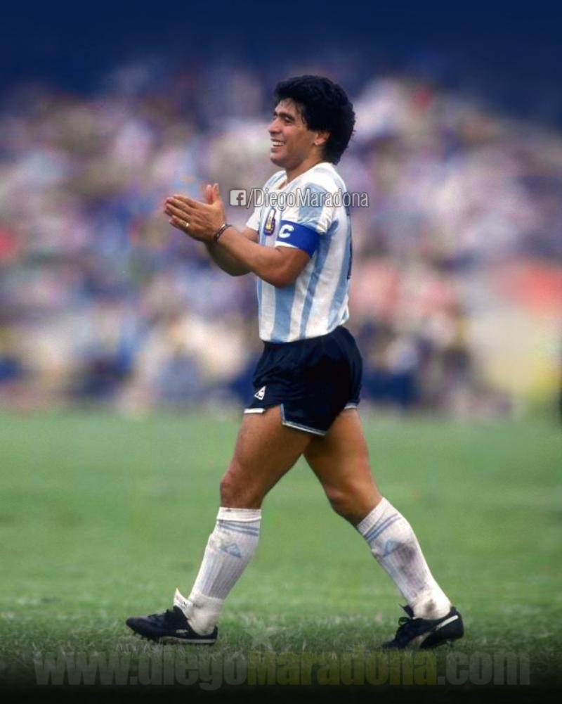 Maradona - Aplauso