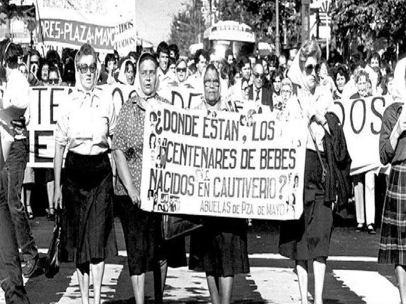 24 de marzo - Protesta En Plaza De Mayo