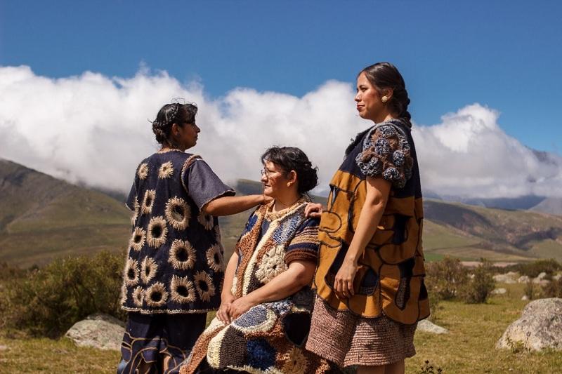 textil - Tres Mujeres