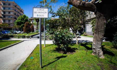 Largo dei Principi Riggio accanto al Municipio