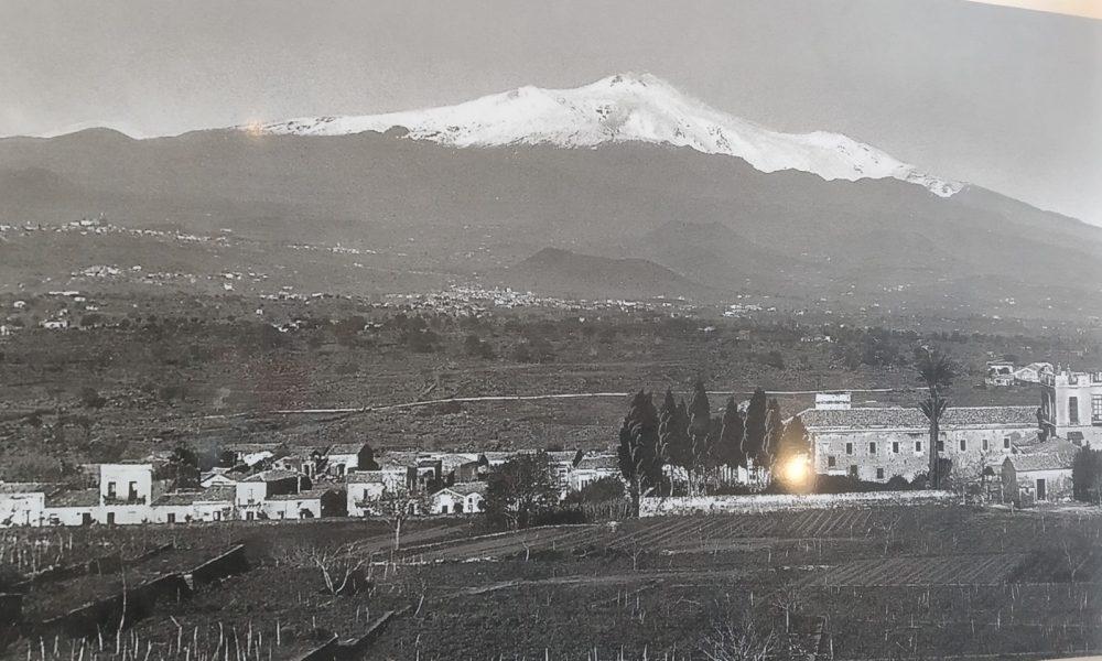 Il nome di Valverde ed il Paese ritratto in bianco e nero