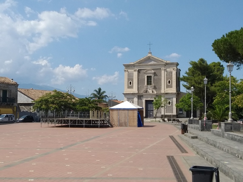 Piazza Principale del Comune di San Gregorio - Foto: Cavaleri Francesca Agata