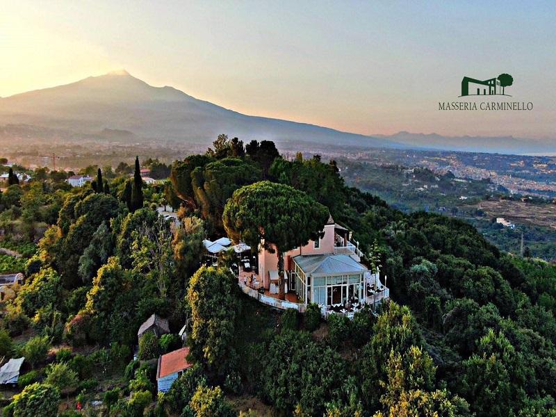 Masseria Carminello la vista dall'alto - Foto: Pagina Facebook