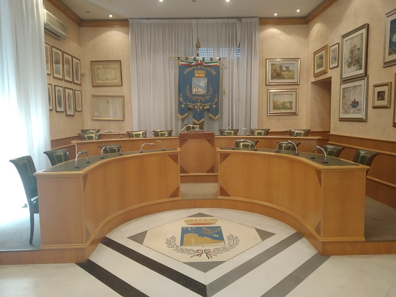 Aula consiliare illuminata - Foto: Cavaleri Francesca Agata