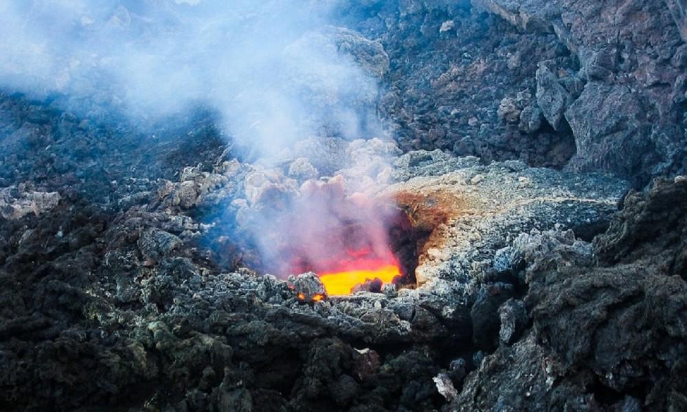 Vulcano e lava - Foto: Pixabay