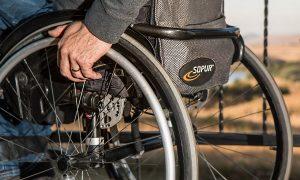Gravissima Disabilità: una carrozzina - Foto: Pixabay