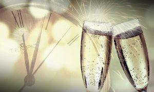 2020: due calici per brindare all'anno nuovo - Foto:Pixabay