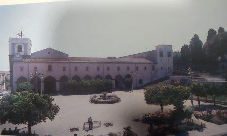 """Piazza Maggiore -Anni 90- foto tratta dal libro """"Valverde"""" di Matteo Donato"""